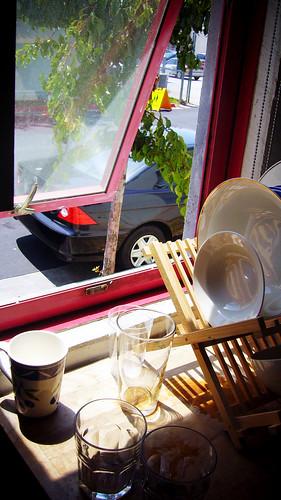 廚房餐桌 (by 張家振)