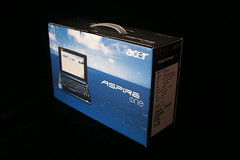 Acer Aspire One Unboxing 3 by wstryder