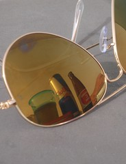 (M.$.K) Tags: reflection c redbull rayban   ornamin