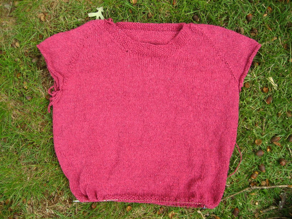 Comfy Sweater-03 seed stitch hem