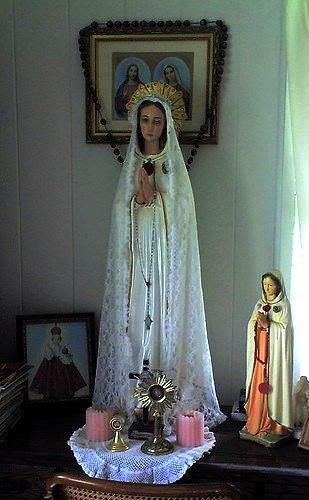Pilgrim Statue / Holy Relics Visitation: Nakamura Residence, 10/11/2008