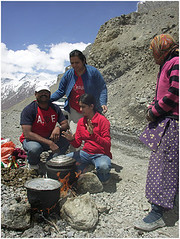 cooking, pin valley (nevil zaveri ( thank you for 10 million+ views : )) Tags: road people food woman india mountain man cold men utensils cooking kitchen fire photography photo blog workers women pin photographer desert mud tea photos stock cook images tourist traveller photographs photograph valley labour roadside himalaya myfamily zaveri myfriends spiti vessels stockimages peopleatwork nevil transhimalaya mudh pinvalley lahaulspiti lahaulandspiti nevilzaveri