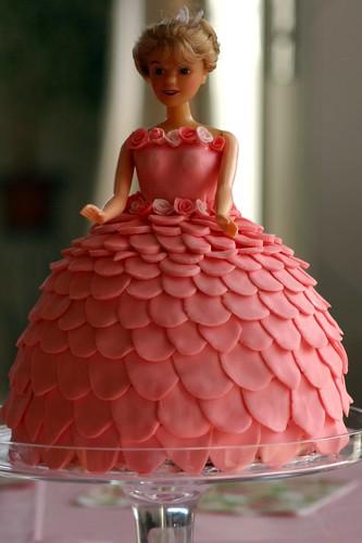 Barbie Cake 4