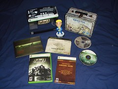 Fallout 3 Collector's Edition - Xbox 360 (MrBeng) Tags: 3 collectors edition fallout