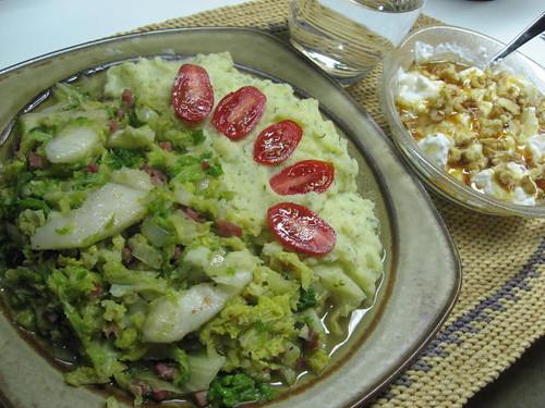 Wirsinggemüse mit Birnen und Kräuterpüree