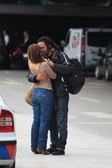 Farewell at the Lisbon Airport (Danni Guzzi Schmidt) Tags: people love canon eos rebel airport pessoas hug couple amor aeroporto farewell abrao goodbye lover embrace casal namorados despedida xsi amante 450d