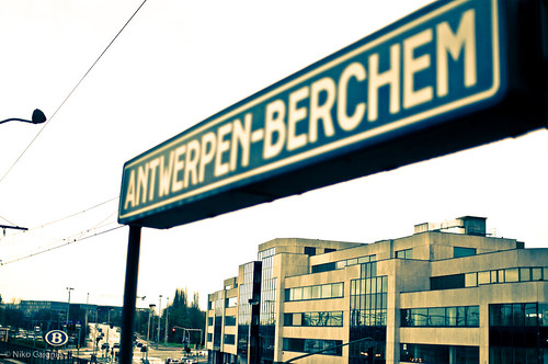 Berchem Station