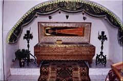 San Cornelio Krypeckij (abarrero2000) Tags: church saint shrine russia monk holy orthodox santo relics pskov monje reliquien schrein urna reliquias reliques hieromonk chsse reliquienschrein  hieromonje ioannobogoslovskijkrypeckijmonastery