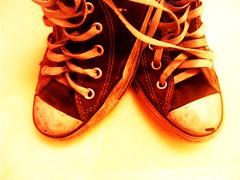 chuk taylors (NadiaLovesRingo) Tags: old white black sepia shoes dirty holy converse chuck chucks dirtyshoes laces chucktaylors taylors wornout shoelaces