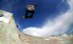 Zach - BS air (Miles Carlton) Tags: skateboarding skate skateboard backsideair bsair