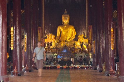Sitting Buddha in a temple in Chiang Mai. Photo: Christian Haugen / Flickr Creative Commons