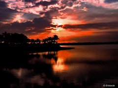 Sunset (Bernai Velarde Photography ) Tags: sunset lake sol del lago high dynamic florida miami range doral hdr velarde bernai puest