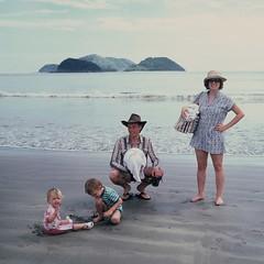 Beach crew (mm-j) Tags: brazil colour slide velvia fujifilm february pentacon 50 2008 80mm czj scanfromslide barradosahy biometar 6tl