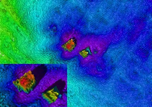 Multibeam sonar image - wooden steamship