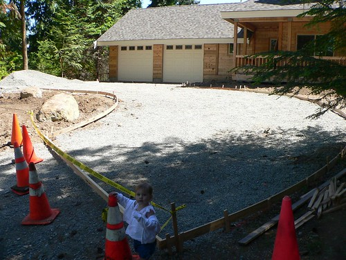 how to build concrete forms for driveway