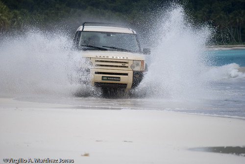 Land Rover Power @ Rincon - Samana