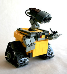 LEGO Wall-E on Flickr