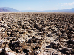 Devil's Golf Course (Gregor  Samsa) Tags: california usa hot colors nationalpark rocks soil deathvalley temperature zabriskiepoint devilsgolfcourse