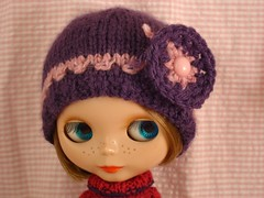 Luni and the purple hat