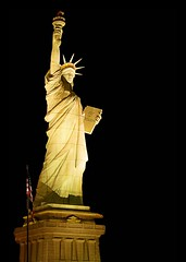 The Statue Of Liberty (Kartik J) Tags: world trip travel vegas vacation usa holiday newyork gambling tourism sign statue architecture liberty lights hotel us neon unitedstates lasvegas united nevada casino poker series states statueofliberty newyorknewyork slots a300 mywinners abigfave sonyalphadslr sal1870 platinumphoto lalibertclairantlemonde sal18250 sonydslra300 sonyalphadslra300