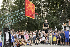 Slam Dunk Contest (Crimh) Tags: street people game basketball sport calle slam gente contest ukraine player personas deporte concurso kharkov mate juego dunk kharkiv ucrania streetball     jugador   enterrada  basquetball clavada    crimex