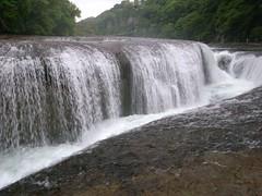 吹割の滝(ふきわれのたき)- Fukiware Falls