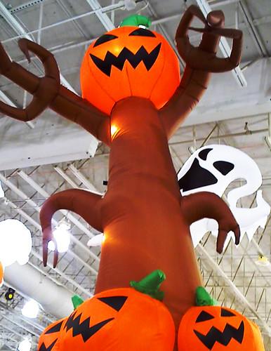 halloween cometh...BOO!!