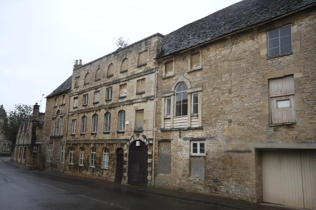 Cirencester, Woolgatherers & Warehouse
