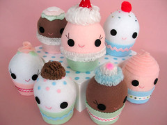 Cupcake Group (Fantastic Toys) Tags: pink party dessert cupcakes pattern plush softies cupcake kawaii dyi fantastictoys