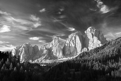 revelation of the dolomites (H o g n e) Tags: autumn sky bw italy mountain mountains alps fall rock landscape landscapes peak explore alpine peaks alp dolomites rockformations mountainpeaks langkofel mountainpeak explored sassolungo bildekritikk pprowinner