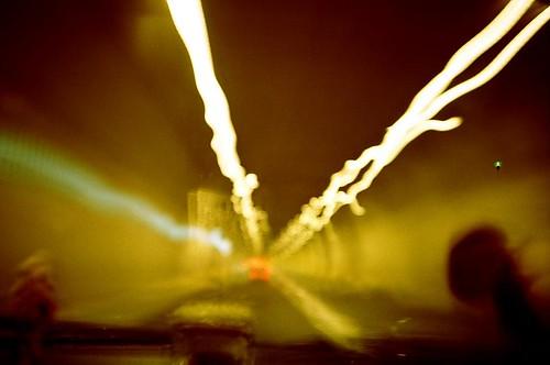在電光火石間