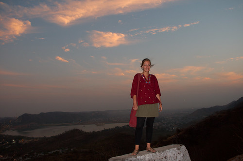Eli in front of a gorgeous view of Jaipur