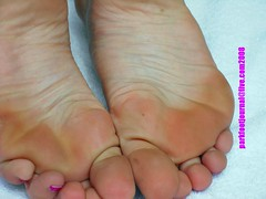 s0844 (Parkfootjournal) Tags: girls white feet fetish toes smell rough soles wrinkled