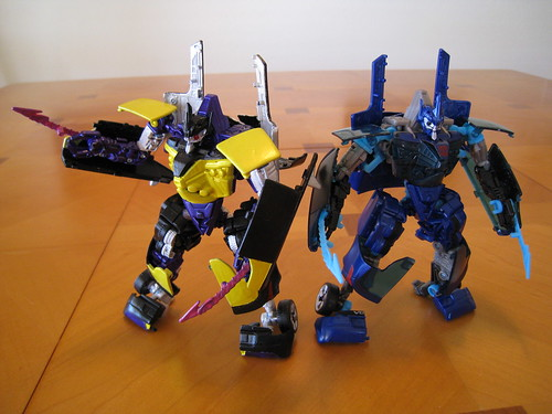 Shrapnel and Jolt - Robot modes