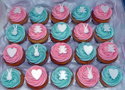 5848279954 11a152b9b2 Cupcake Ideas for a Baby Shower