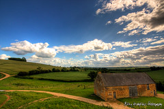 Country Retreat (Billabongmac) Tags: blue sky clouds barn landscape countryside track tracks crop fields crops hillside warwickshire ilmington countryretreat