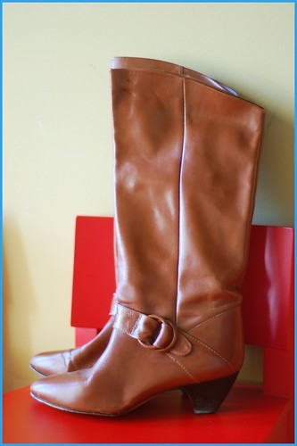 orangish brown boooots
