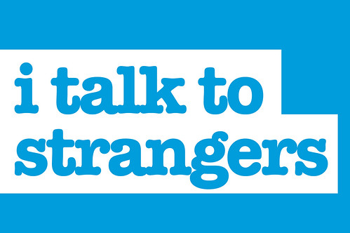 Talk to strangers español