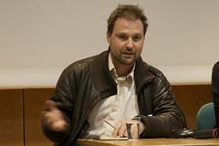 Paul Hilder, Avaaz