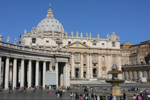 Be a religious tourist in Rome