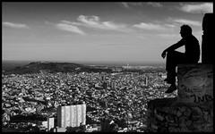 El observador (SlapBcn) Tags: barcelona people bw face silhouette gente ciudad bn slap silueta mirador ciutat blancinegre guinardo 18200vr abigfave nikond80 rucho slapbcn