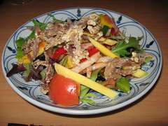 Singapore: Crispy duck salad