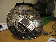 Reflecting antena for mobile data - flickr photo by wapster