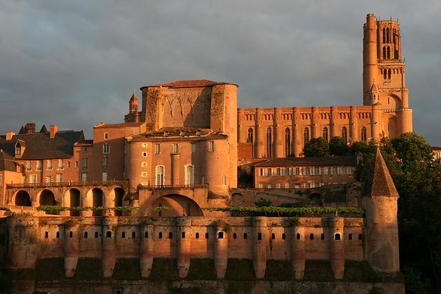 cathedral & bishop's palace (14c)