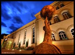 Theaterplatz (Marcel Cavelti) Tags: sculpture art night switzerland theater f10 chur theaterplatz hdr 10mm 4sec graubnden grisons