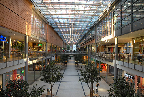 At the center of Berlin, Potsdamer Plotzs private mall. Photo by Dalbera.