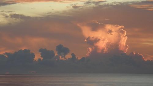 19.像著火的雲