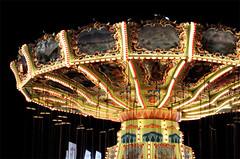 Chair-O-Planes (jpnuwat) Tags: light minnesota night 50mm statefair handheld midway chairoplanes swingcarousel dsc4028