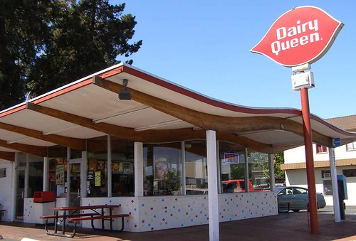 Scoop roof Dairy Queen