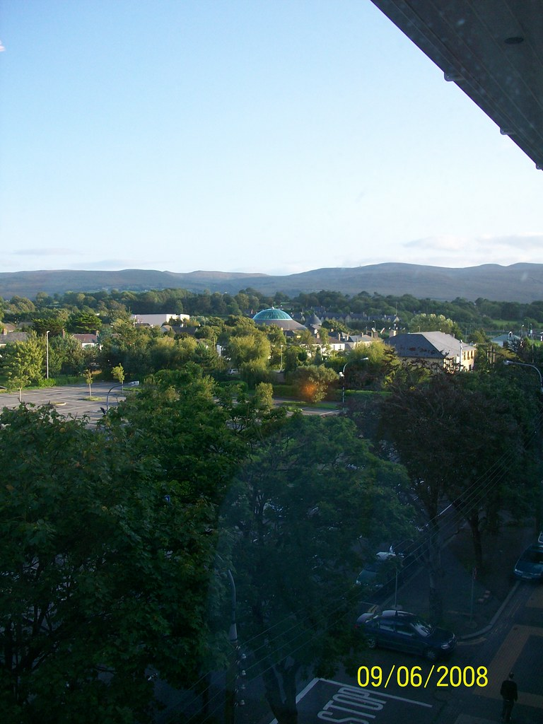 Ireland -  Tralee - Hotel Brandon - view from room